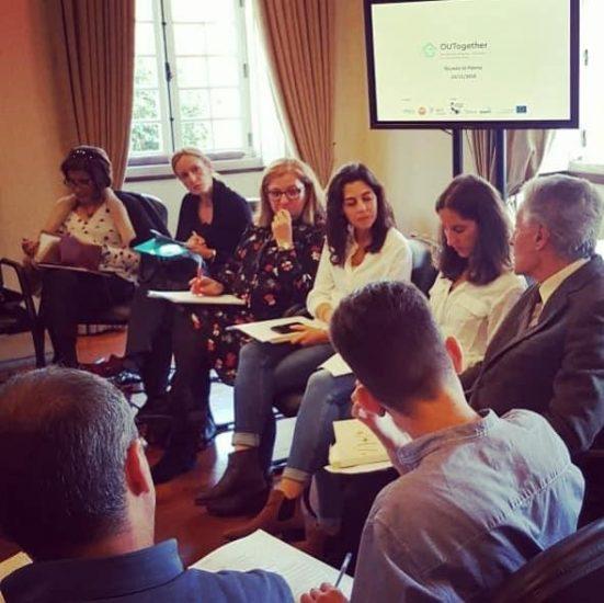 Projeto OUTogether: Promoção da Autonomia de Jovens em Acolhimento